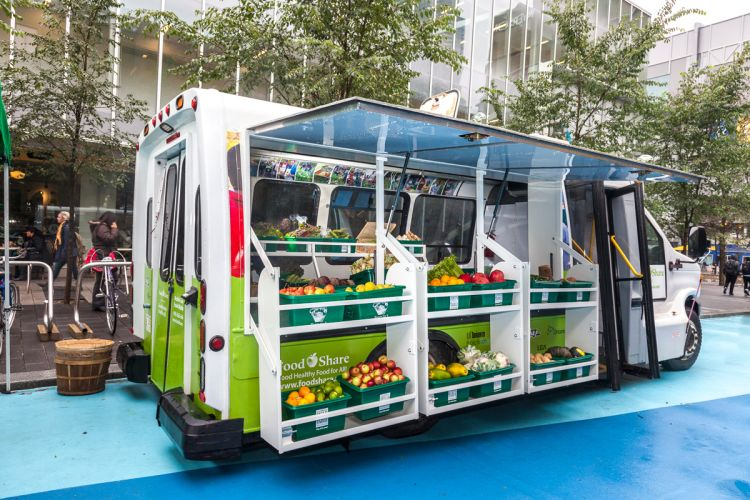 This Healthy Food Truck Doubles as a Transformer - Impact Mill
